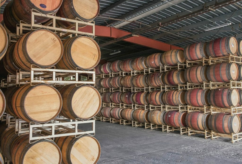 Big savings on large orders of red or white wine barrels.